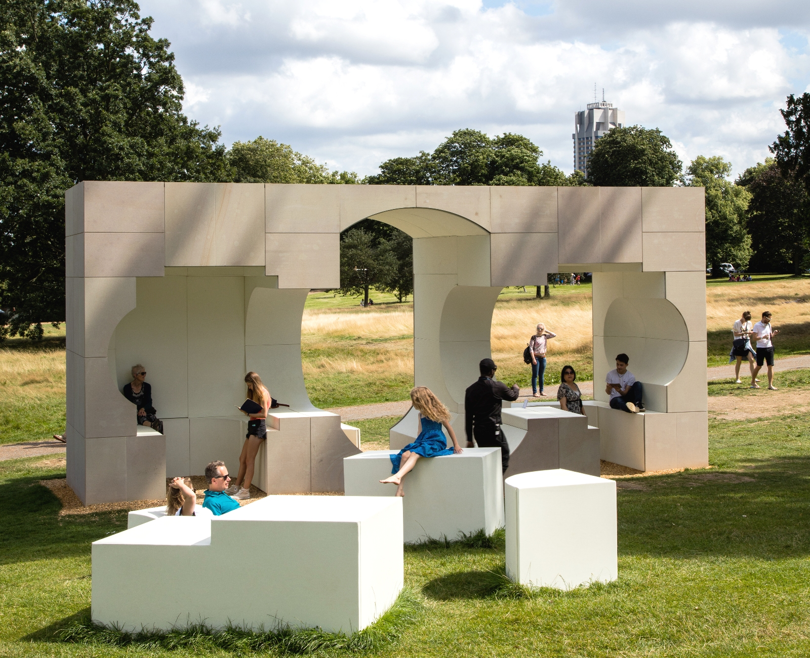 Serpentine Gallery Kensington Gardens London Grants